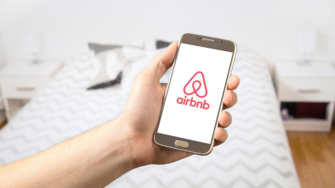 Logotipo de la aplicación Airbnb