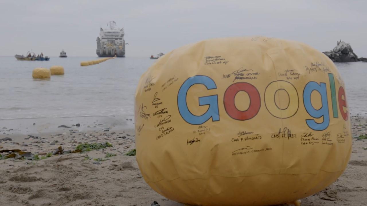 Instalación del cable submarino Google Curie